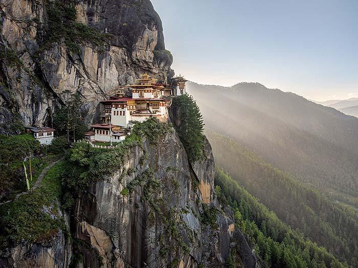 taktsang-monastery-bhutan-GettyImages-616207015